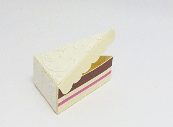složený řez dortu