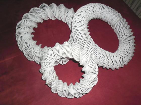 věnečky z papíru