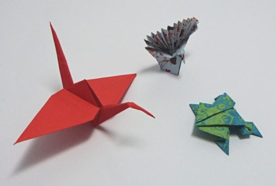 origami - pták, páv, žabka