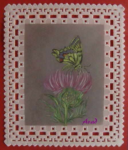papír.krajka - tropický motýl a  květ bodláku
