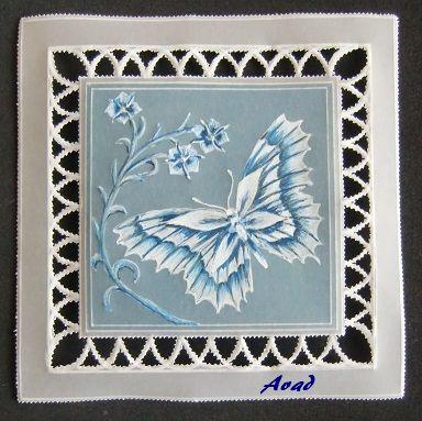 papírová krajka motýl
